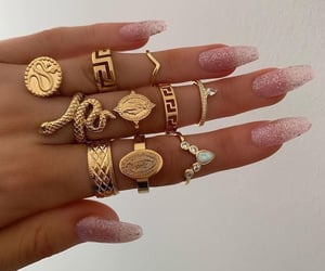 aesthetic, gold, and jewellery image