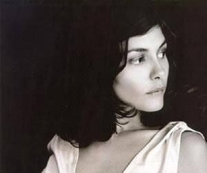 woman, audrey tautou, and black and white image