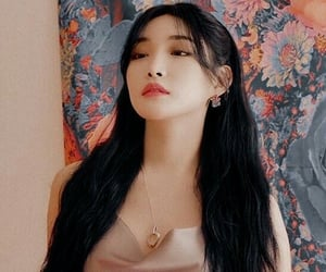 icon, low quality, and chungha image