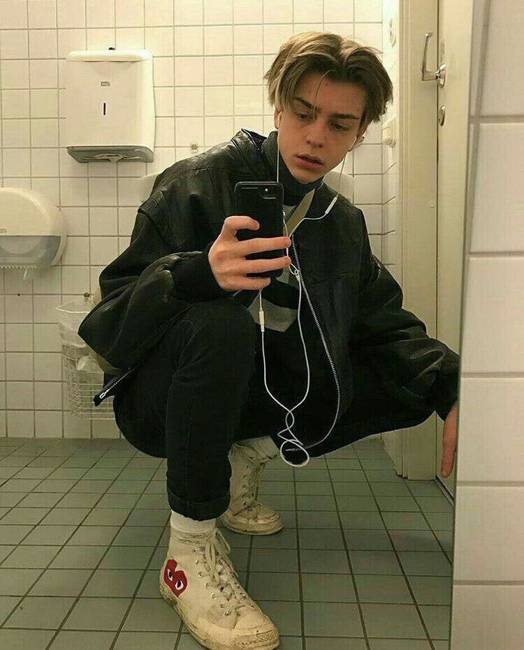 Selfies guy mirror Guys, Follow