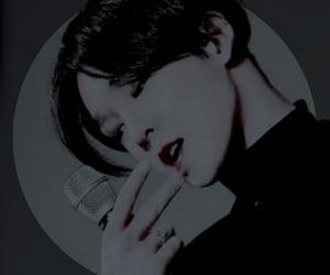 aesthetic, winner taehyun, and dark image