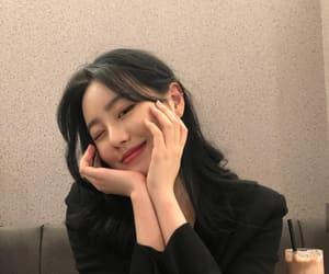 korean, girl, and ulzzang image