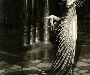 silent movies and the mystic image