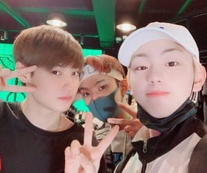 wonjun, produce x 101, and eboyz image