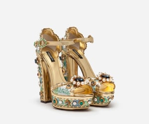 D&G, fashion show, and zapatos image