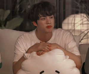 icon, jin, and lq image