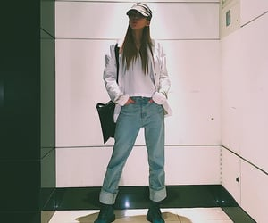 kpop and heize image