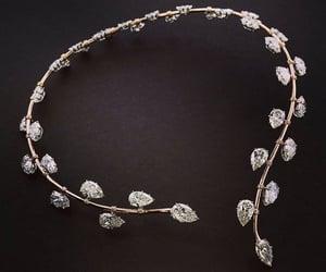 belleza, elegancia, and collar image