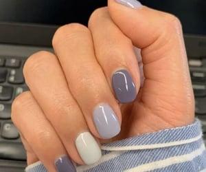 blue, nails, and short image