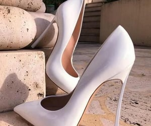 fashion, high heels, and salto alto image
