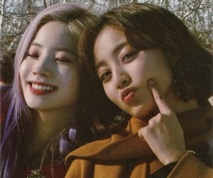 twice, jihyo, and kim dahyun image