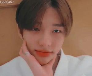 kpop, hwang hyunjin, and edits image