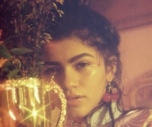 zendaya, aesthetic, and photoshoot image