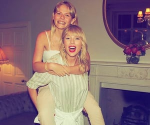 london, lover, and Taylor Swift image
