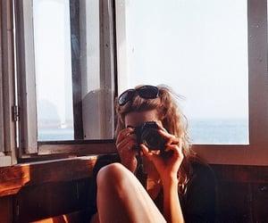 camera, mar, and girl image