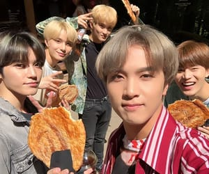 mark, jungwoo, and nct image