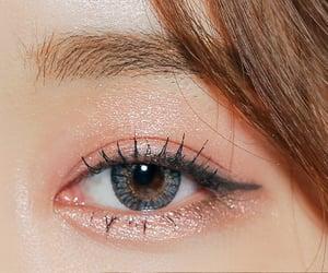 beauty, beauty product, and eye makeup image