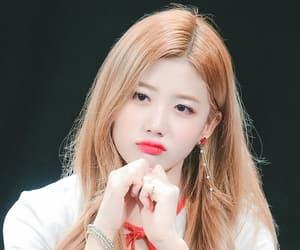 kpop, yuju, and cherry bullet image