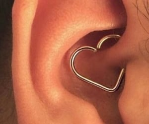 ear and ring image