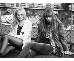black&withe, fashion, and friends image