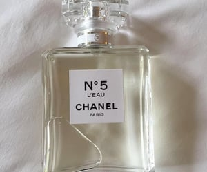 perfume, chanel, and aesthetic image