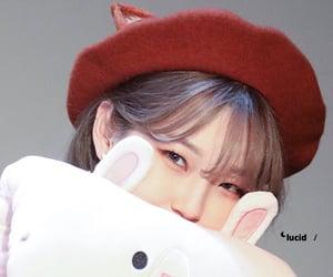 details, kpop, and jiheon image