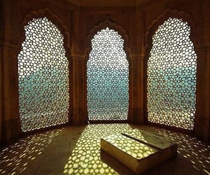 light and india image