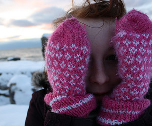 gloves, winter, and girl image