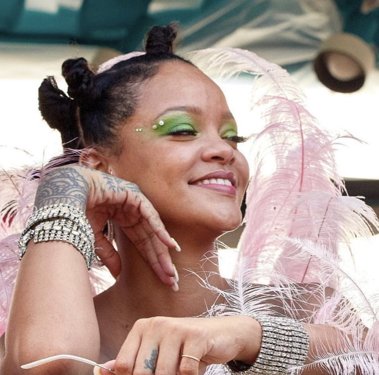 article, pink, and cropover image