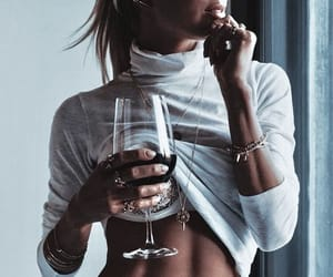 accessories, chic, and champagne image