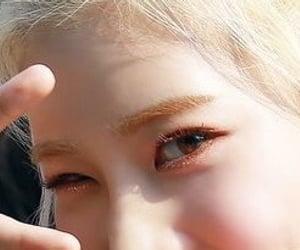 eyes, makeup, and lq image