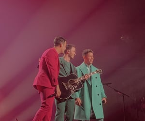 jonas brothers, orlando, and happiness begins tour image