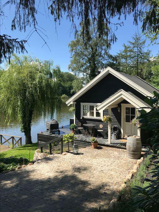 cottage, cozy, and lake image