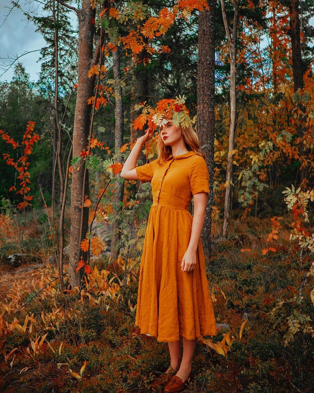 autumn, fall fashion, and forest girl image
