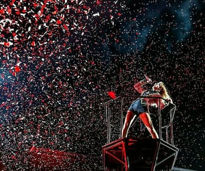 concert, taylor, and red tour image