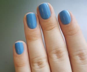 nails, essie, and bluenails image