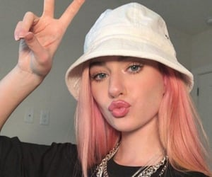 kennedy walsh and pink hair image