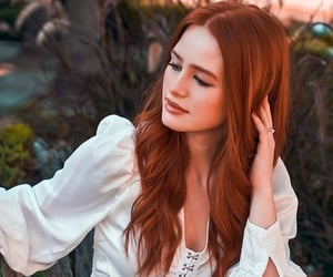 madelaine petsch, riverdale, and cheryl blossom image