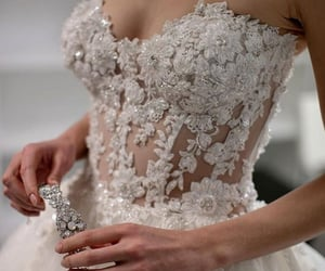 bridal, bride, and moda image
