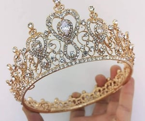 beauty, girly, and Queen image