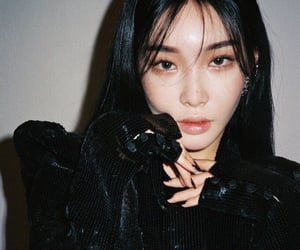 chungha, girl, and kpop image