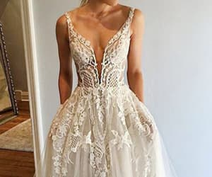 promdresses, promdresseswithpockets, and longpromdresses image