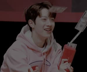 aesthetic and lai kuan lin image