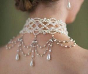 belleza, collar, and joyas image