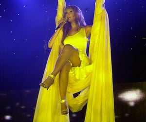 beyonce knowles, blue, and yellow image