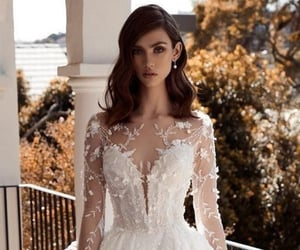 bride, chic, and gorgeous image