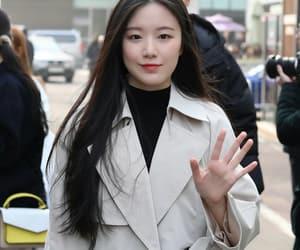 girl, kpop, and gidle shuhua image