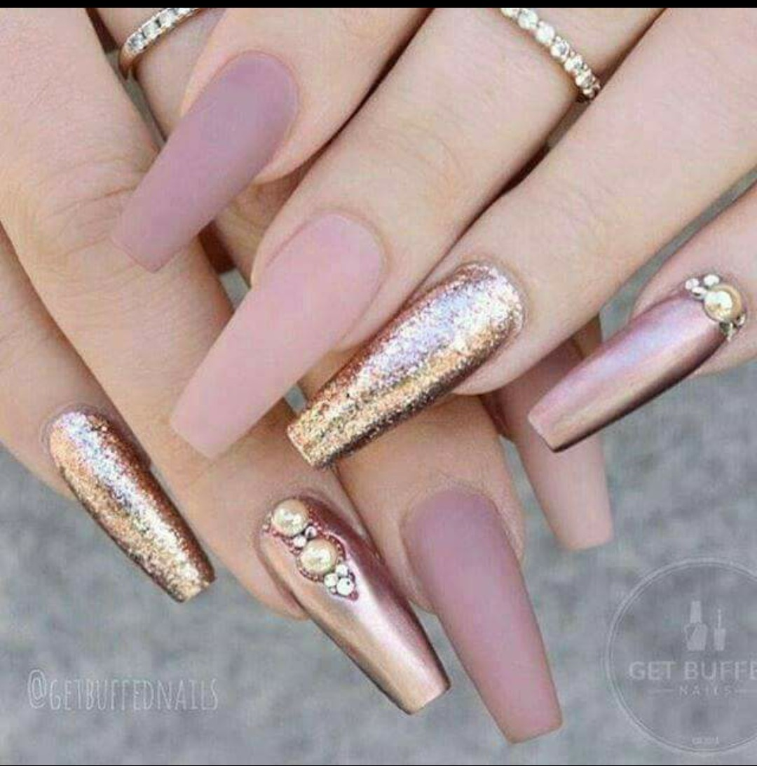 Uñas Rosas Shared By Jacqueline On We Heart It