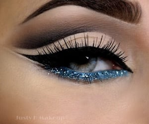 aesthetic, blue eyes, and summer makeup image
