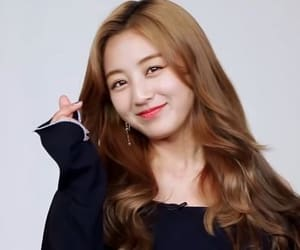 icons, jihyo, and kpop image